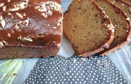 לחם טחינה. טעים, בריא, ואכיל בלי מצפון להשמין:)