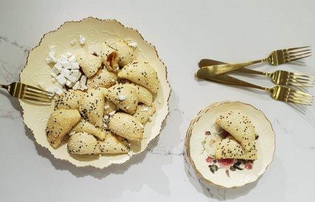 בורקיטס גבינות ופלפלים קלויים / רעות איפרגן