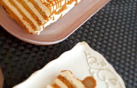 עוגת קרם לוטוס – קינוח פרווה מיוחד:)