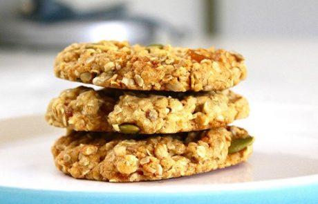 מתכון לעוגיות שיבולת שועל קריספיות עם הרבה הפתעות :)
