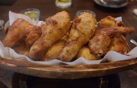 עוף בתנור עם סויה ודבש-עוף אפוי עם מעטה שחום ופריך זה ללא ספק אחד התענוגות שמתאימות לשבת!