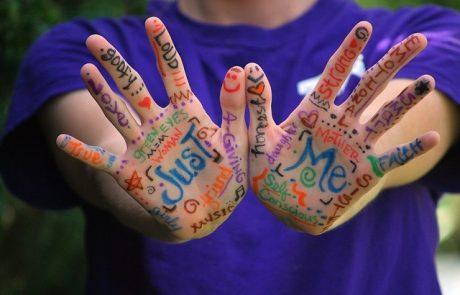 מה אומר אורך אצבעותייך על האישיות שלך? כנסי וגלי