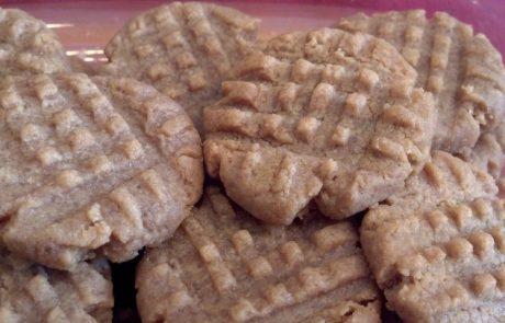 """עוגיות """"פטיש השניצל""""- את הדוגמא המיוחדת יוצרים בעזרת פטיש שניצלים"""