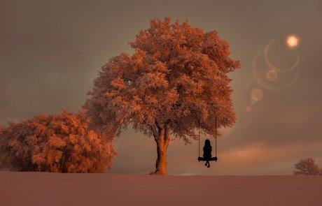 """בואי נצא ביחד למסע אחר, אל העולם הפנימי… קצת על """"בדידות חברתית"""""""